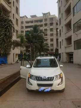 Xuv 500 w10 with sunroof