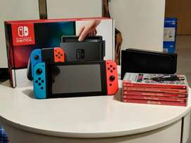 Nintendo Switch Neon. Mint condition, barely used