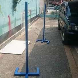 Tiang badminton tanam