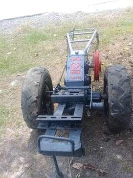 Traktor G900B Quick