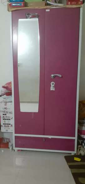 Wardrobe with 2 lock section