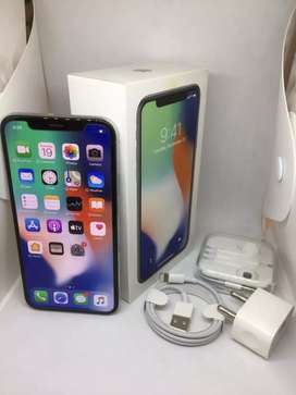 iPhone X 256gb ( silver colour )