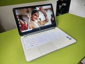 HP i-5 (4th Gen/4GB Graphics/8GB/500GB) Laptop