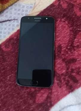 Moto g5s plus in good condition 4gb 64gb dual camera finger print sens
