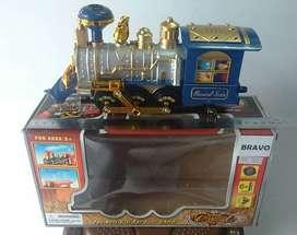 Classical Train Kepala Lokomotif Kereta Lampu Musik Asap Anak Mainan