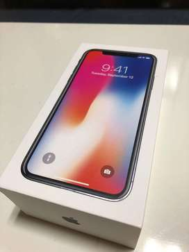I PHONE X AVAILABLE AT DISCOUNT PRICE  SILVER COLOR  LIMITED STOCK AVA