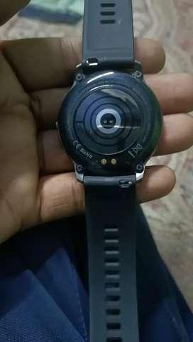 Syska smart watch Sw 200
