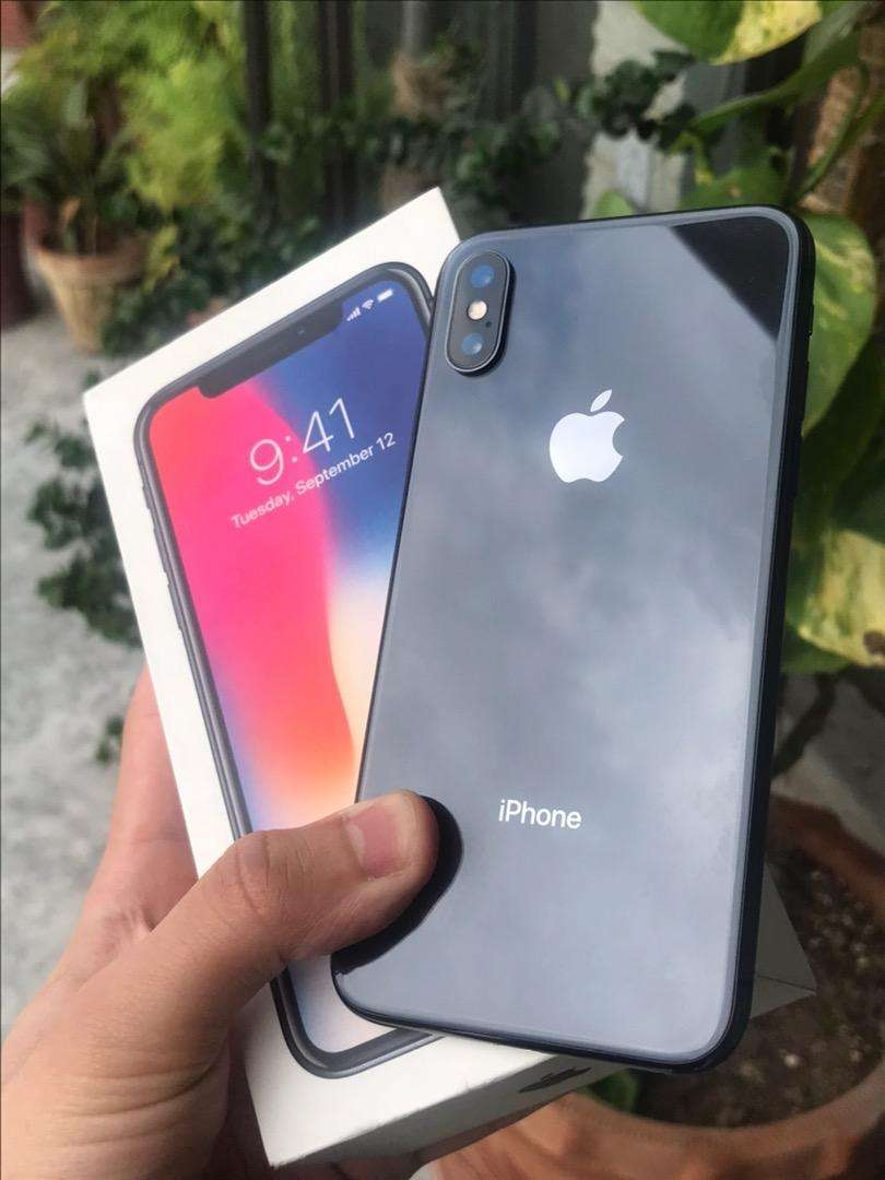 Iphone X Complete Box 64gb Space Grey Pta Approved in 10/10 Condition