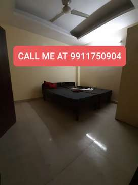 1 bhk flat walking distance from saket metro gate no.2