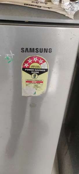 Refrigerator working good condition on sell