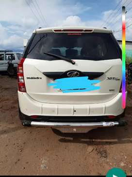 Xuv500 w6 trichy number