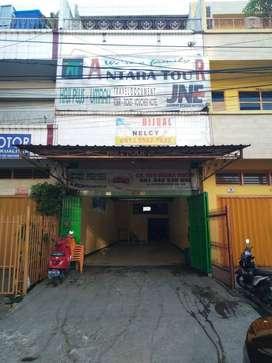 Jual Ruko Strategis Tengah Kota 3 lantai Cocok untuk Bisnis