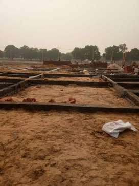 3 bhk duplex with Hall for sale in hathoj kalwar road. 18.5 lac