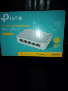 Brand New tplink 5 port switch For Sale