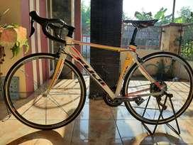 Sepeda Road Bike RB