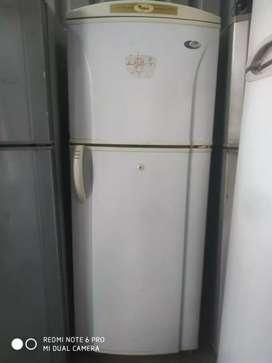 ₹8000_Fresh condition Fridge 250L Whirlpool