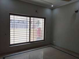 10 MARLA BEST OPTION FOR RENT IN DHA