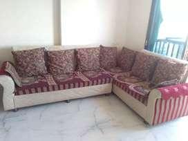 Sell in corner sofa