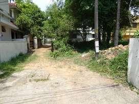 11.5 cent land vazhakkala near dessiyamukku junction with nissan way