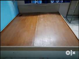 Bed 6×6good condition