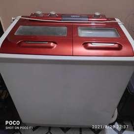 Onida 8.0 kg Semi-automatic top-loading Washing Machine