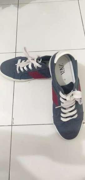 sepatu zara ( baru 2x pakai )
