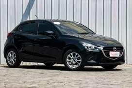 Mazda 2 V 2015 , rasa baru, siap pakai, bergaransi !