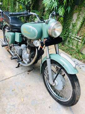 Royal Enfield 1975 Made in UK serious buyers only
