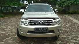 Istimewa - Toyota Fortuner G diesel a/t 2010