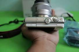 Canon m100 Mulus Like New masih Garansi datascrip panjang Bonus batrey