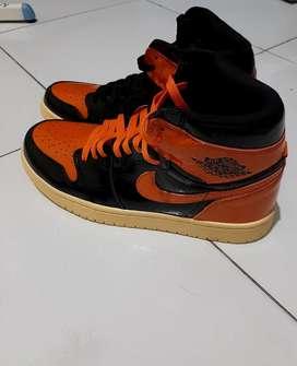 Nike jordan retro 1 orange