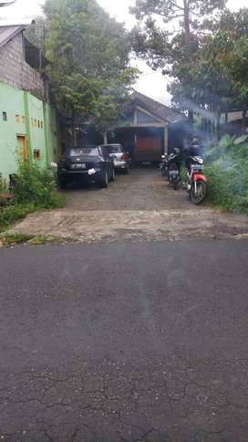 Dijual Tanah luas 669 M2 Bonus Rumah dekat dngn perbatasan Jogjakarta