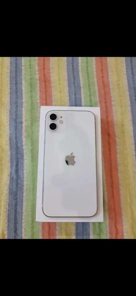 Iphone 11(128gb)10mnth old brand new condition