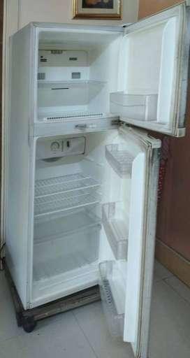 260 Ltr fridge LG