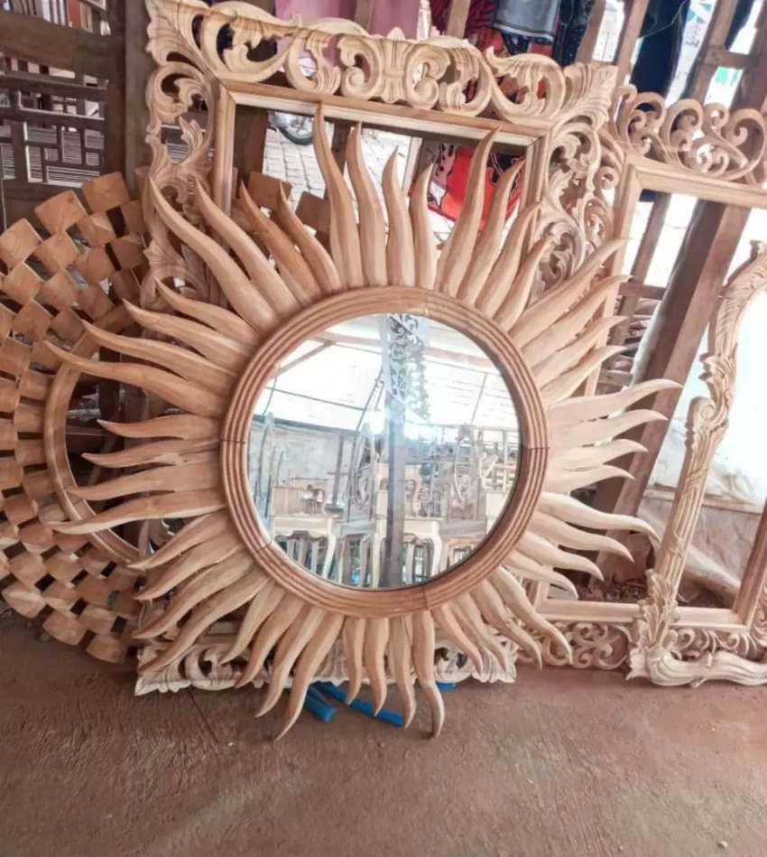 Pigura cermin cantik 0