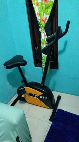 Alat olahraga murah sepeda statis magnetik bike best seller