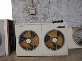 2 ductable ac available,11 ton,bluestar/Daikin,never used,brand new