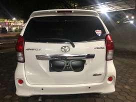 Toyota avanza Veloz matic putih 2013