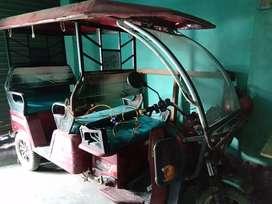 E Rickshaw etron