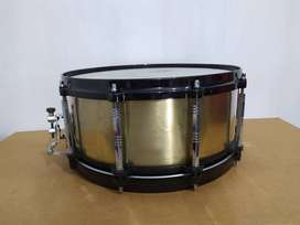 Snare Drum Pearl free floating brass made in japan