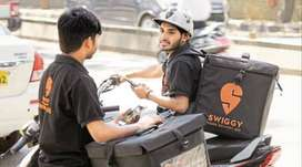 urgently required delivery executive in swiggy and shadowfax