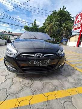 Hyundai grand Avega metik tangan pertama tinggal pake