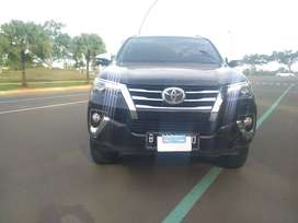Toyota Fortuner VRZ At 2016 Hitam Manis
