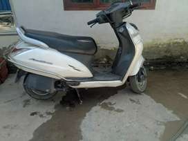 activa 3g 2016 model in good n running condition