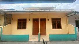 Rumah 2 pintu bisa untuk investasi dikontrakkan
