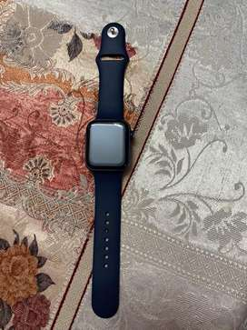 Urgent sell Apple Watch 6(GPS 44mm with blue colour) only 20 days old