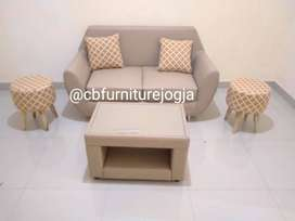 Sofa  Retroo 2 seater + Mejaa dan 2 Stool Motiff  ,