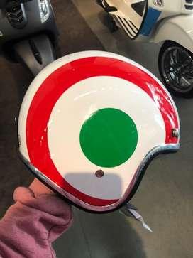 Helm Vespa Italian Flag
