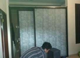 Stiker kaca gedung favorit kantor ada Sanblas motif bambu dankaca film