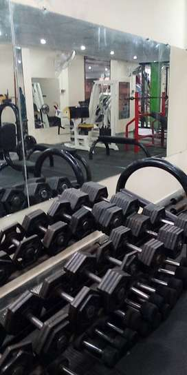 Free weight and imported hex dumbells for sale